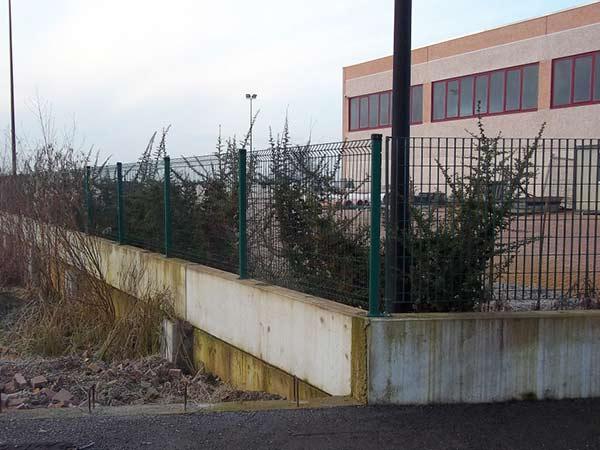Montaggio-recinzioni-giardino-piacenza